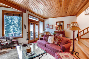 2335-bald-mountain-road-c13-large-005-15-living-room-1500x1000-72dpi
