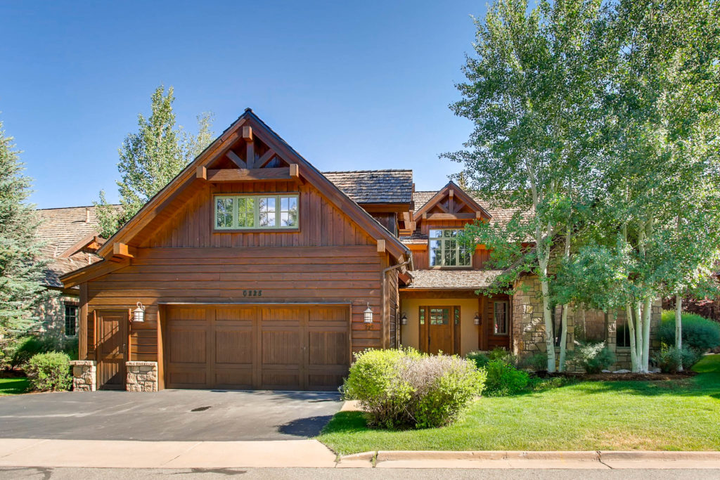 Seven Bedroom Luxury Home Now Listed On The Eagle River. Entertain All You  Family And Friends In The Spacious Single Family Home In The Gated  Community Of ...